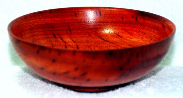 Arts and Crafts - Wood turned Tulipwood bowl, woodturnings, turning, turnings, turnery, turner, turners, woodturner, woodturners, lathe, lathes, wood, woodwork, woodworking, workshop, workshops, creative, creativity, trees