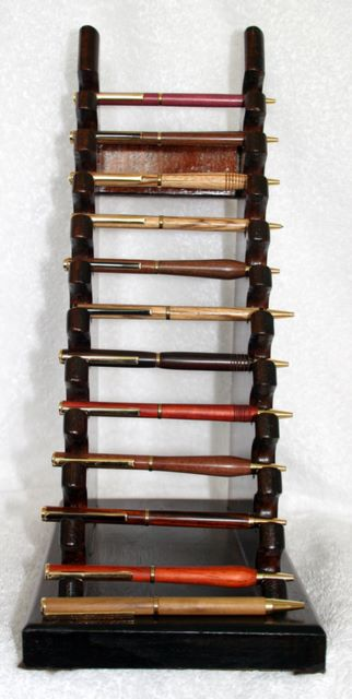Arts and Crafts - Hardwood Pen Stand woodturned pens, woodturning, turning, turnings, turnery, turner, turners, woodturner, woodturners, lathe, lathes, wood, woodwork, woodworking, workshop, workshops, creative, creativity, trees